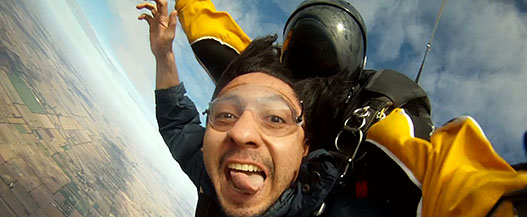 Skydive for the 5 affordable bucket list travel ideas ever